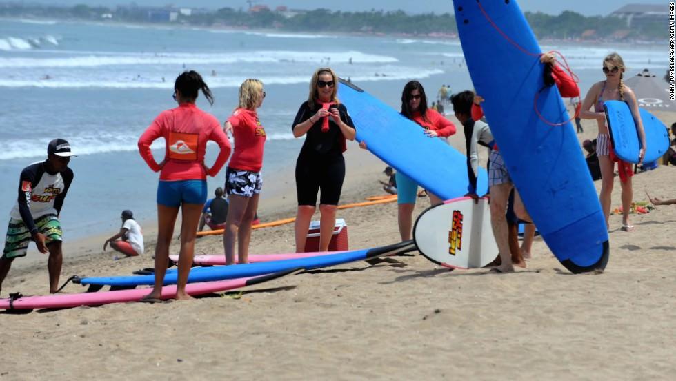 Alex Villa Surf Lesson