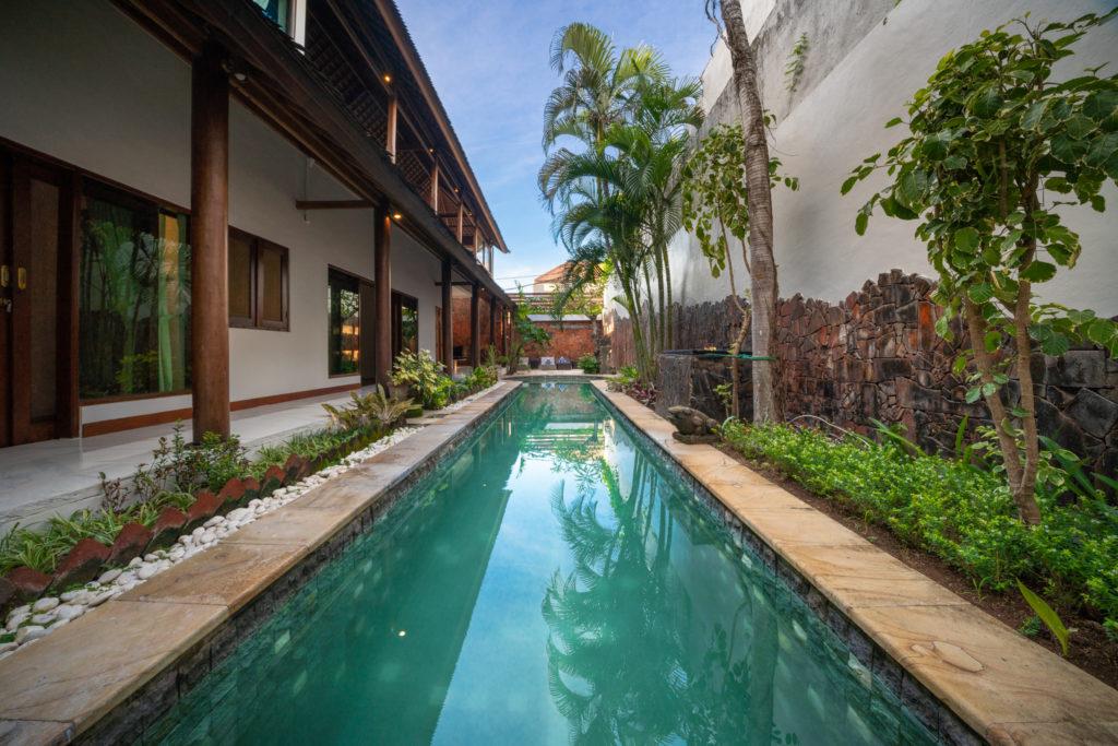 Villa AvatarAlex Villa